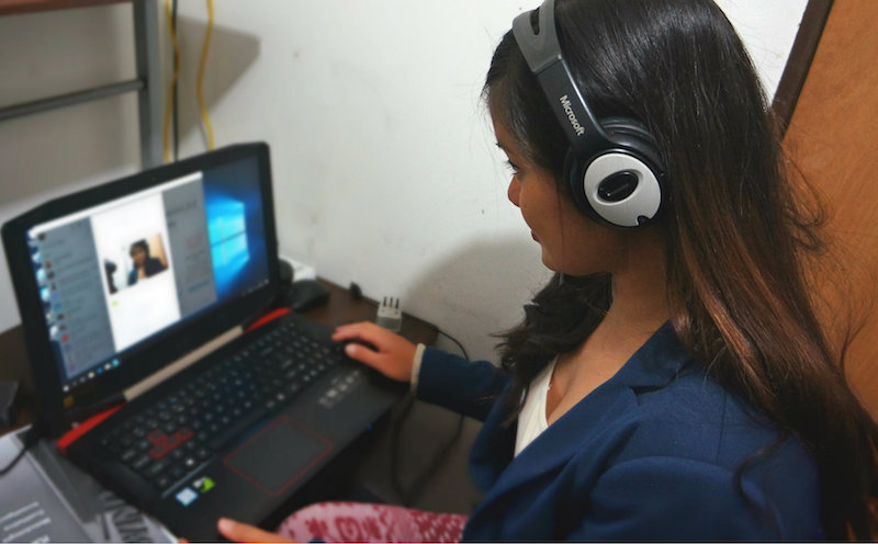 Krzl, online English teacher, at work