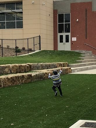 Student from Honduras seeing snow for the first time