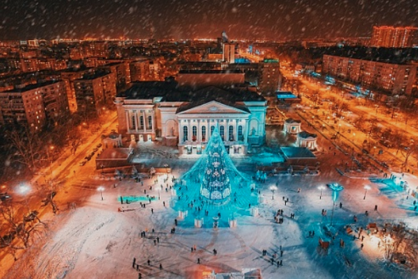 The square in Tyumen Russia at Christmas time
