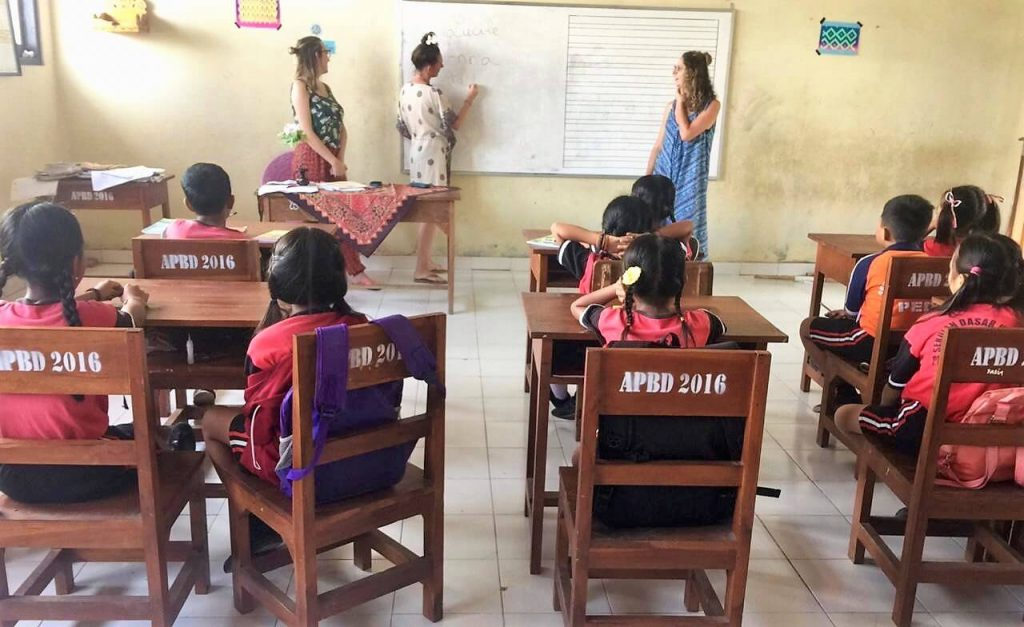 Lessons with ESL school kids in Indonesia