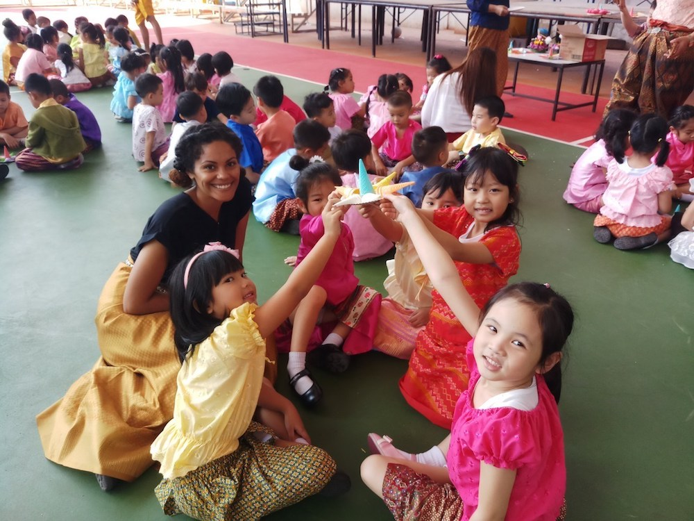 BFITS Thailand teacher with a class of students
