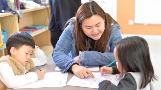 Shella Chua, Filipino Teacher in China
