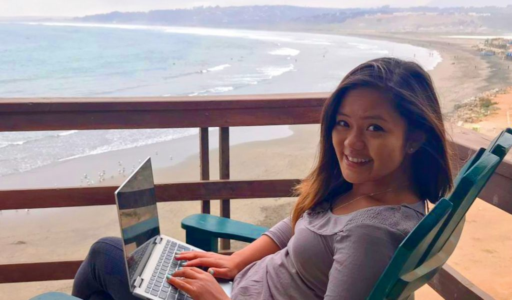 Krzl, from the Philippines, runs her own freelancing business in Chile