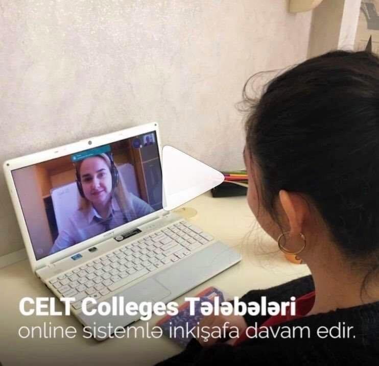 Nasim teaching an IELTS student online
