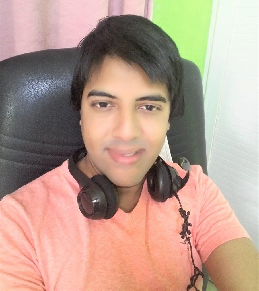 Shakti, a freelance online English teacher from Mauritius