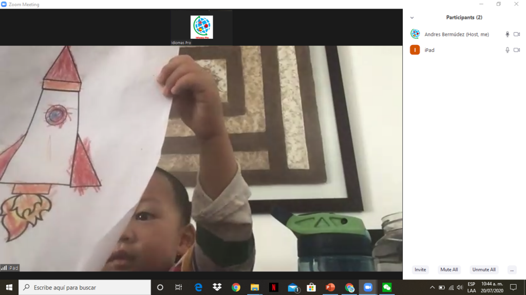 A kid doing an activity during an online English class with Andres.