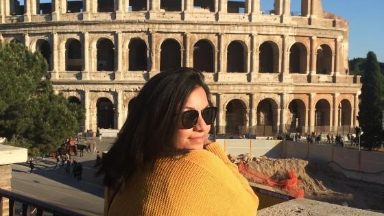 Mari, digital nomad teaching online in Italy